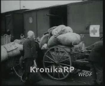 Niemcy opuszczają Polskę