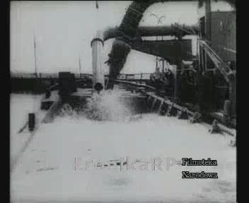 Pogłębianie portu rybackiego we Władysławowie