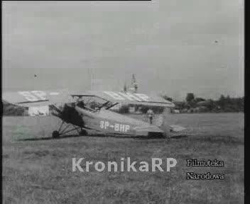 Szkoły lotnicze: Bielsko, Stanisławów, Masłów, Świdnik